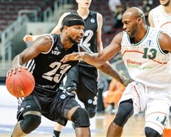 Dee Brown - VEF Riga - EC13 (photo VEF Riga - Mikus Klavins)