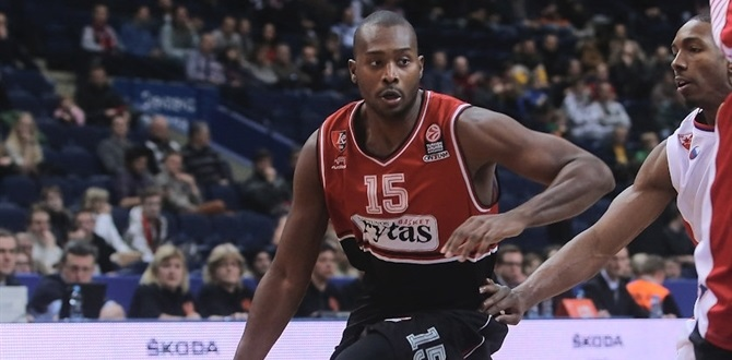 Belgacom Spirou puts Dowdell at point