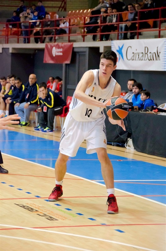 Jonathan Barreiro - Real Madrid - JT Hospitalet - EB13 (photo Marta Forne Sala)