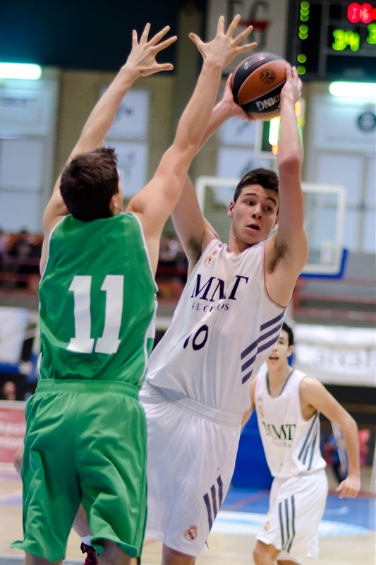 Jonathan Barreiro - Real Madrid vs. Union Olimpija Ljubljana - JT Hospitalet - EB13 (photo Marta Forne Sala)