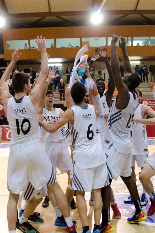 Real Madrid champion - JT Hospitalet - EB13 (photo Marta Forne Sala)