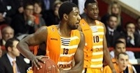 Besiktas inks swingman Holland