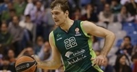 Unicaja extends with Dragic for two more years