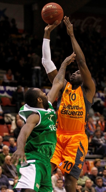 Romain Sato - Valencia Basket - EC13 (photo Miguel Angel Polo - Valencia Basket)