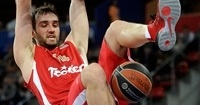 Laboral Kutxa adds shot-blocker Begic
