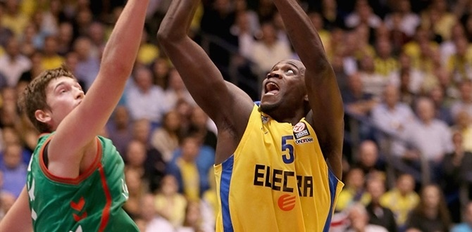 Surgery recommended for Maccabi's James