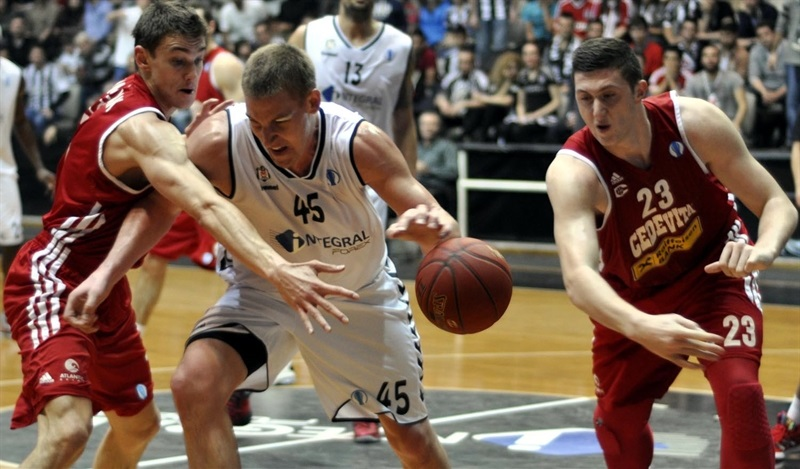 Colton Iverson - Besiktas Integral Forex - EC13 (photo Besiktas)