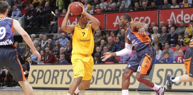 Bamberg tabs Ryan Thompson