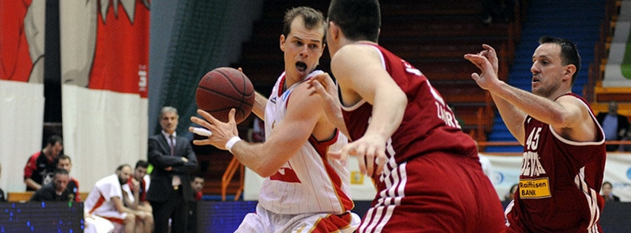 Maccabi brings in shooting guard Roll