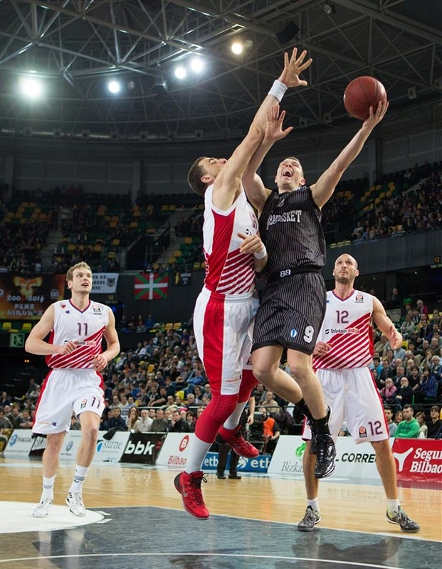 Dairis Bertans - Bilbao Basket - EC13 (photo Bilbao Basket)