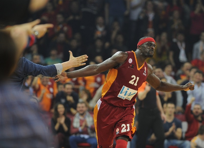 Pops Mensah-Bonsu - Galatasaray Liv Hospital - EB13