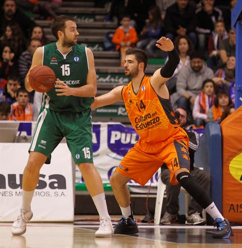 Ian Vougioukas - Unics Kazan - EC13 (photo Miguel Angel Polo - Valencia Basket)