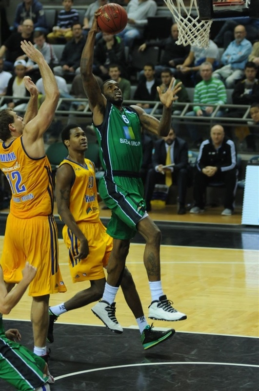 Donta Smith - Maccabi Haifa - EC13 (photo Maccabi Haifa - Omri Shtain)