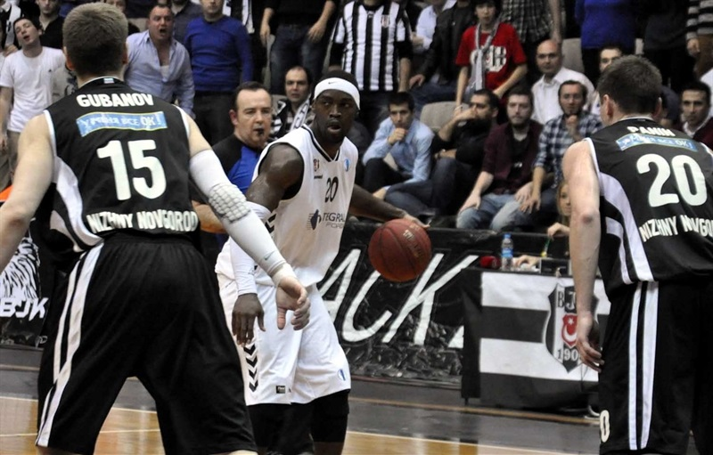 Doron Perkins - Besiktas Integral Forex - EC13 (photo Besiktas)