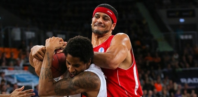 Bamberg strenghtens roster with Duncan and Wanamaker