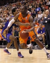 Romain Sato - Valencia Basket - EC13 (photo Miguel Ángel Polo - Valencia Basket)
