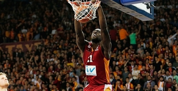 Pops Mensah-Bonsu - Galatasaray Liv Hospital