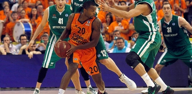 Olympiacos adds Eurocup champ Lafayette to backcourt