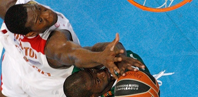 Coaches vote Bryant Dunston of Olympiacos this season's Best Defender