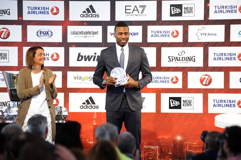 Keith Langford - Alphonso Ford Thophy - Best Scorer 2013-14  - Final Four Milan 2014