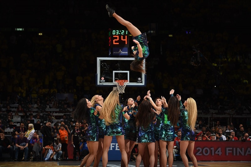 cheerleaders Final Four - - CSKA Moscow vs. Maccabi Electra - Final Four Milan 2014