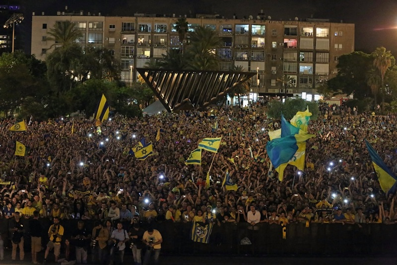 Maccabi Electra Tel Aviv fans - Champions Parade at Municipality of Tel Aviv - Final Four Milan 2014