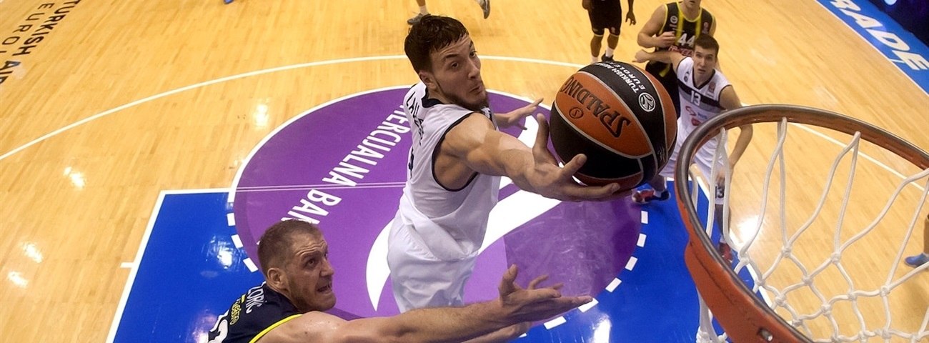 Fenerbahce bolsters frontcourt with Lauvergne