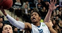 Rome pens deal with guard Petty