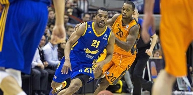 Paris Levallois pens playmaker Green
