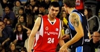 Baloncesto Seville adds size with Oriola