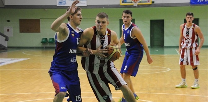 Neptunas inks Nacius, Beliauskas to multi-year deals