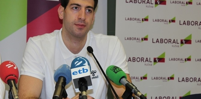 Laboral forward Shengelia sidelined by sprained ankle