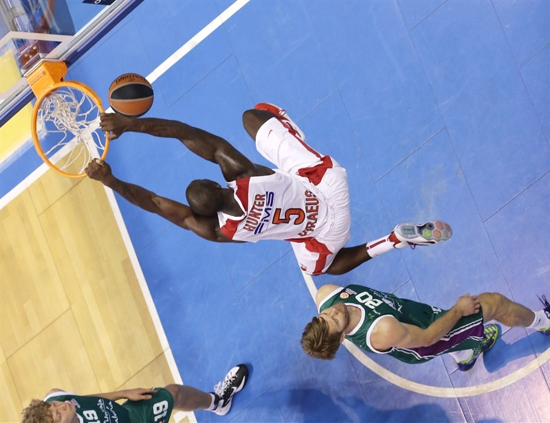 Othello Hunter - Olympiacos Piraeus - EB14