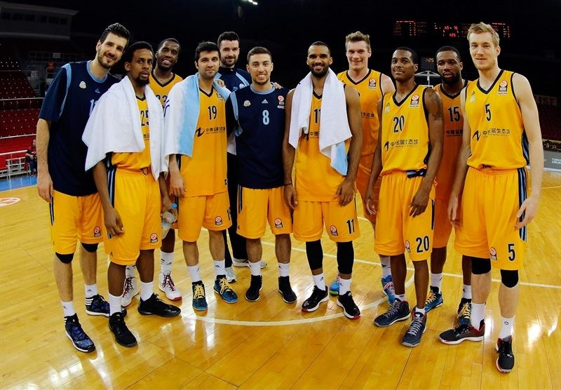 ALBA Berlin celebrates - EB14