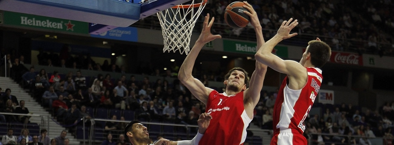 Zvezda's Marjanovic sets rebounds mark to end milestone season