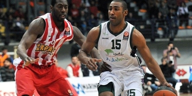 Top 16 Round 8, Olympiacos Piraeus vs. Unicaja Malaga