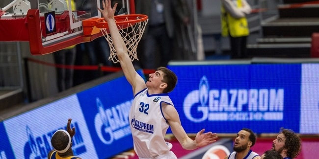 Khimki signs center Desiatnikov