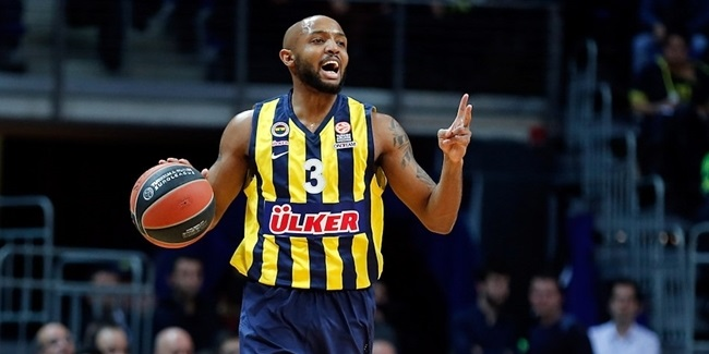 Fenerbahce loses Hickman for season