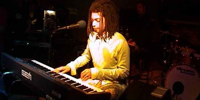 Terence Trent D'Arby to play Final Four