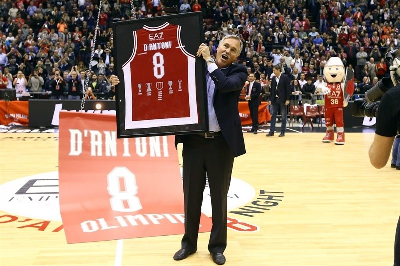 Mike DAntoni #8 will be retired by AE7 Olimpia Milan
