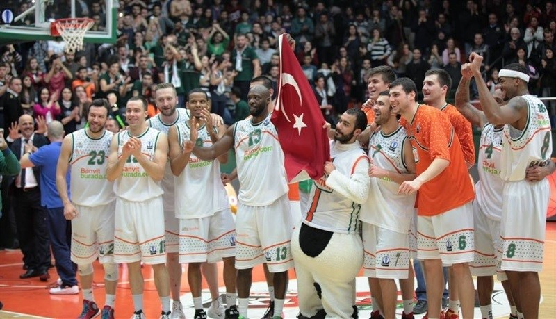 Banvit Bandirma celebrates - EC14 (photo Banvit)