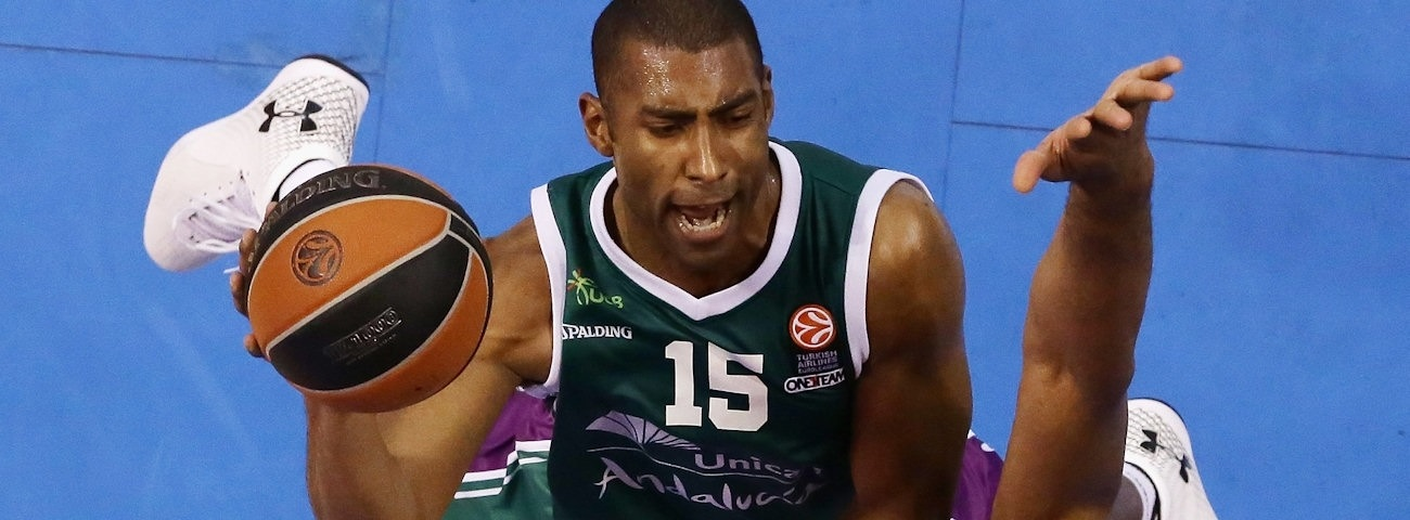 Anadolu Efes inks point guard Granger