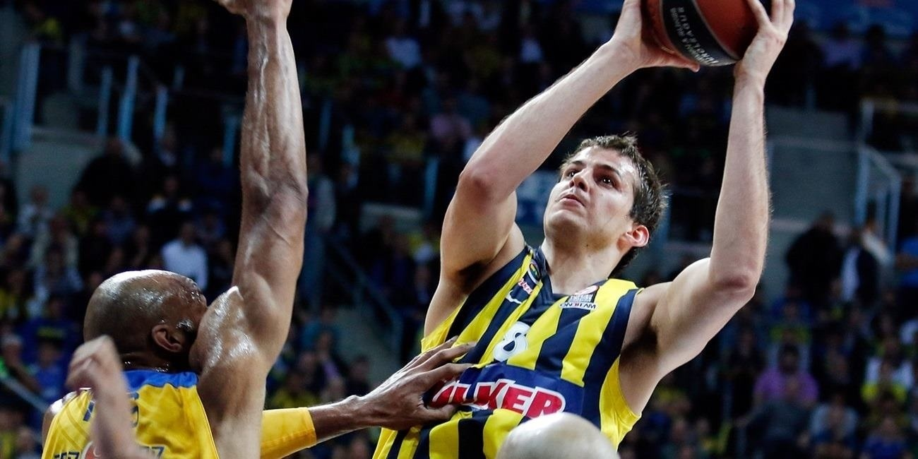Playoffs Game 1 report: Vesely rallies Fenerbahce Ulker past champs for its first playoff win
