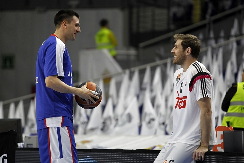 Andres Nocioni in pregame - Real Madrid - EB14