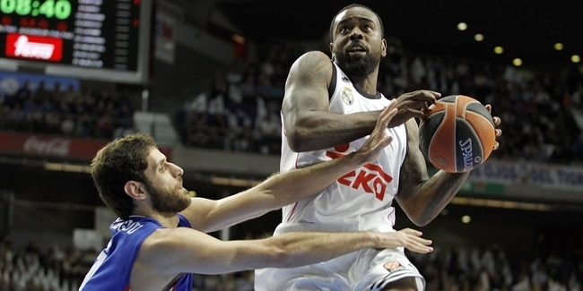 Playoffs Game 1 report: Ayon, Rivers star as Madrid rallies past Efes