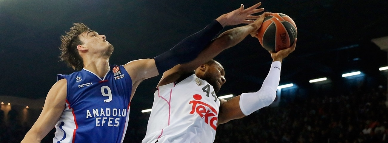 Darussafaka Dogus adds a champ in Slaughter