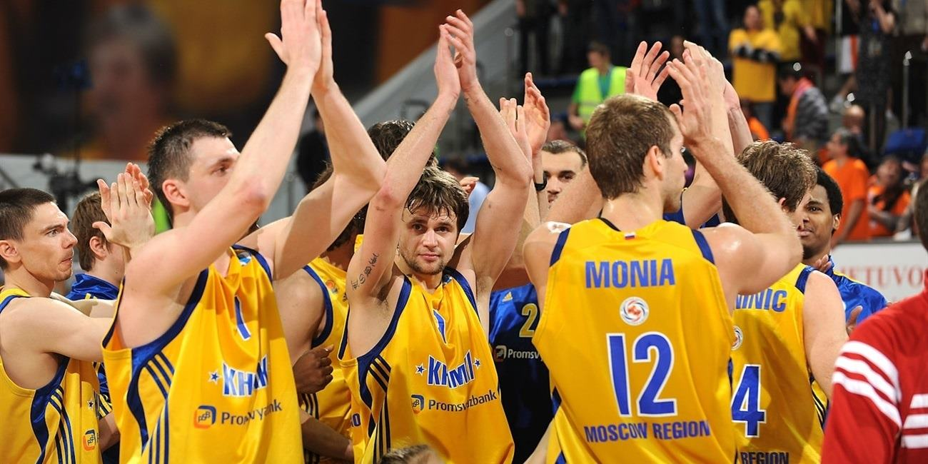 Players BC Khimki celebrates - Finals Khimki 2012 - EC11