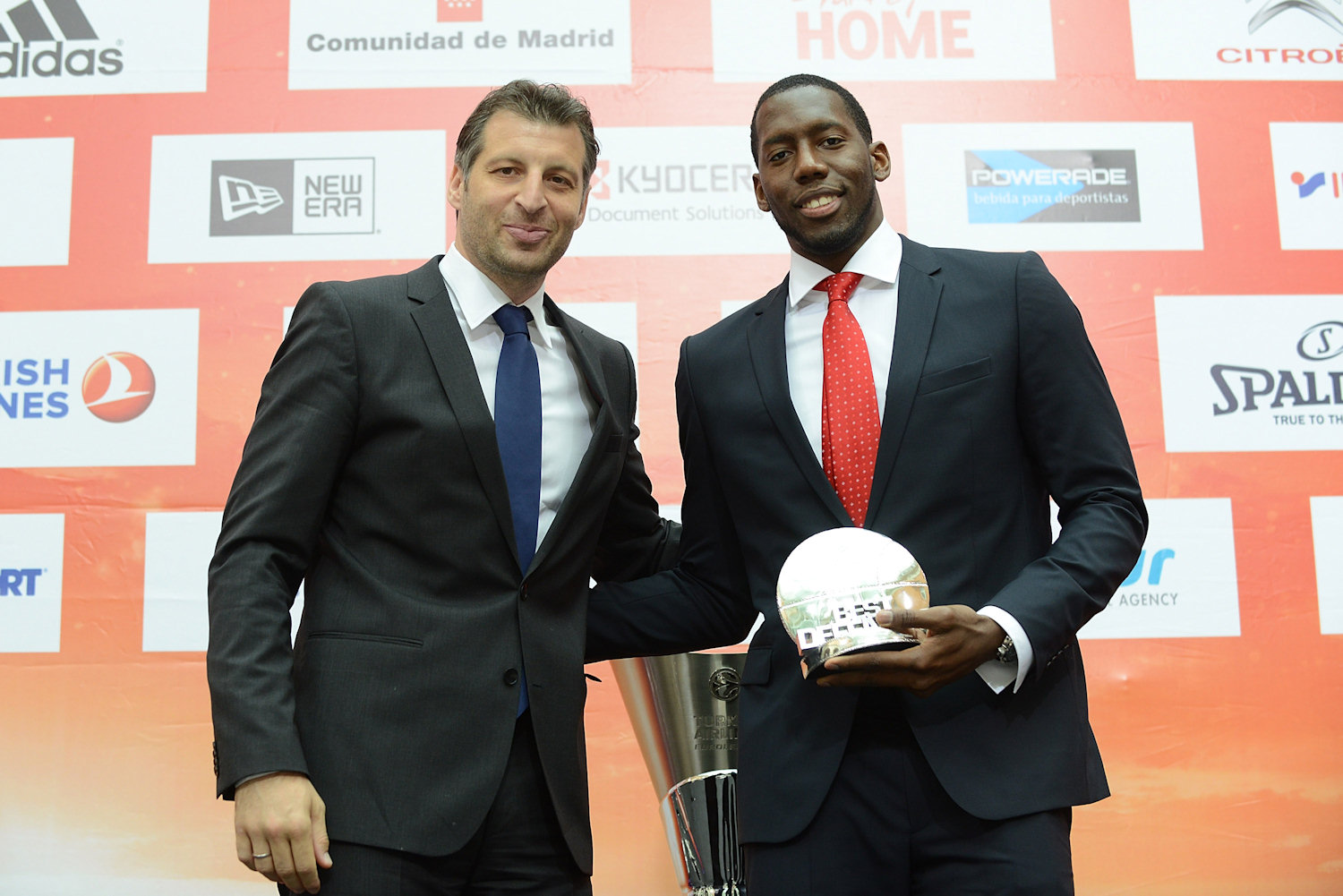 Theo Papaloukas with Bryant Dunston of Olympiacos Piraeus, Best Defender Trophy winner  - Efes Euroleague Award Ceremony - Final Four Madrid 2015 - EB14