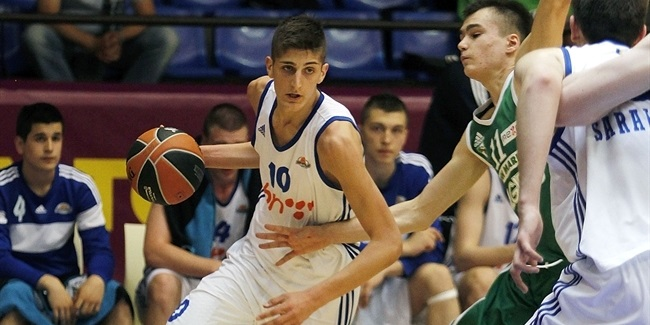 Baskonia completes roster with forward Penava