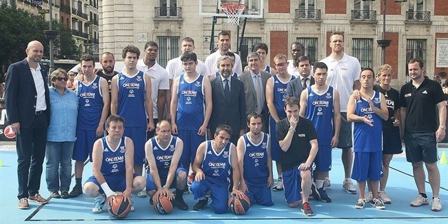 Final Four Madrid 2015 - One Team Session with Special Olympics